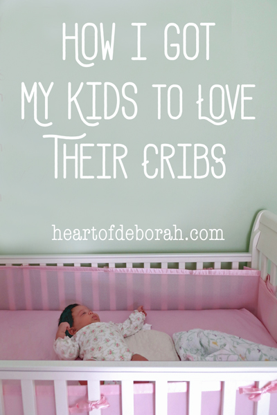 Best Parenting Posts of 2016: How I got my daughter to wait and play in her crib when she wakes up in the morning. Baby sleeping tips from one mother to another.