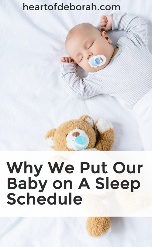 I love these tips on how to develop healthy sleep habits in your kids! You can start this with your babies and transform how much sleep you get at night as a new mom. #sleeptraining #baby #motherhood #babysleep