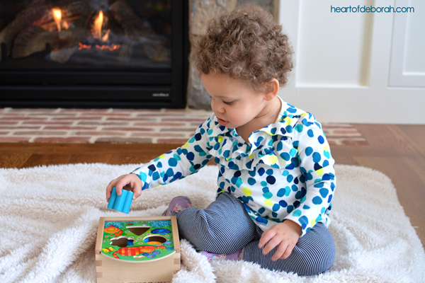 What Are the Benefits of Play for Children? Plus a review of HABA USA sorting box. #sp