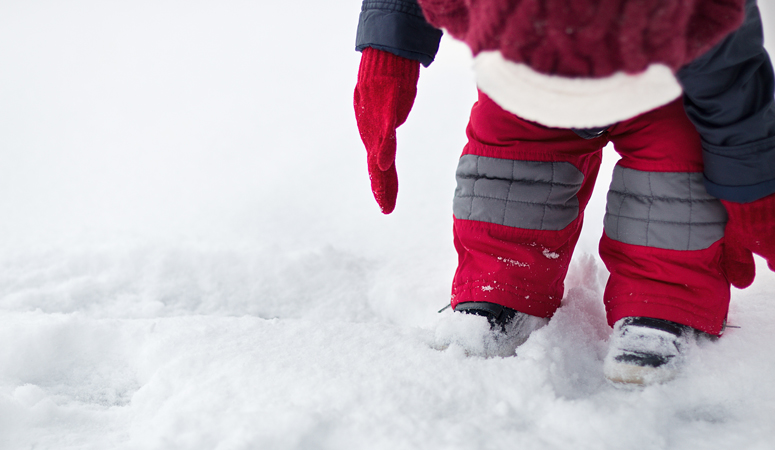 7 Ways to Keep Your Kids Happy and Beat the Winter Blues