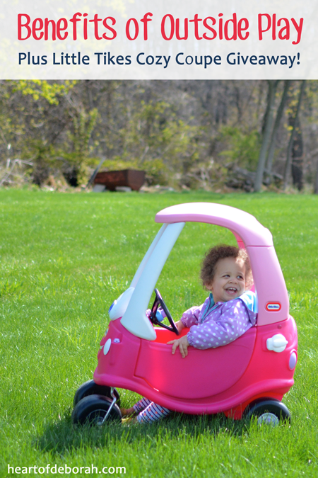 3 Reasons You Should be Playing Outside with Your Kids. Also don't miss this great Little Tikes Cozy Coupe Giveaway! Ends 5/4