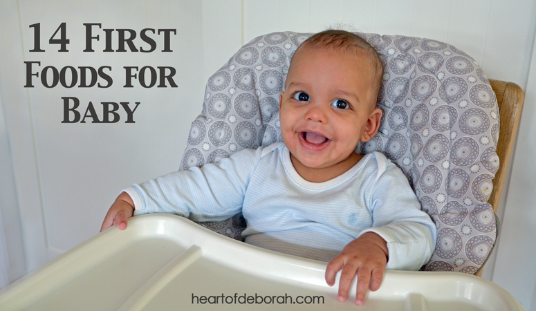 Here is a list of 14 first foods for baby. Did you know new research is suggesting early introduction of highly allergenic foods? Read more about feeding your baby!