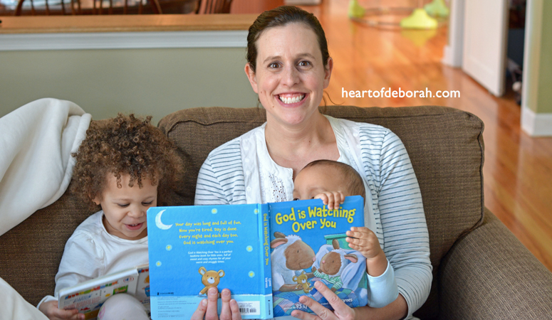 Want to establish a baby bedtime routine? Follow these 5 tips to help your children have sweet dreams and peaceful sleep! Heart of Deborah