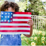 ADORABLE Patriotic American Flag Kids Craft!