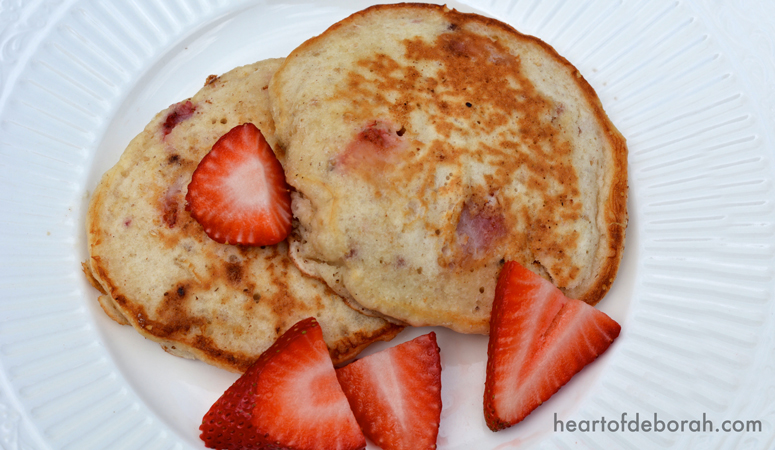 Simple Strawberry Oatmeal Pancake Recipe! We had so much fun cooking this with kids in the kitchen.