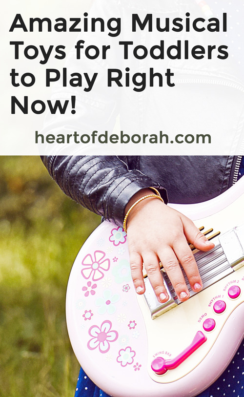 Do you want to expose your child to different beats, melodies, and instruments? You need to find the best musical toys for toddlers and babies. Try engaging them in play with one of the instruments for toddlers! #toys #toddlerlife