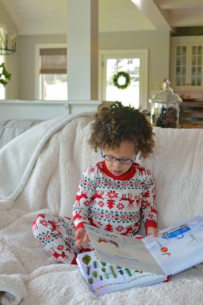 Looking to start new family Christmas traditions this year? Here is a list of 10 fun Christmas activities to add more cheer to your holiday season. Get your kid's involved and create memories to last a lifetime with your family.