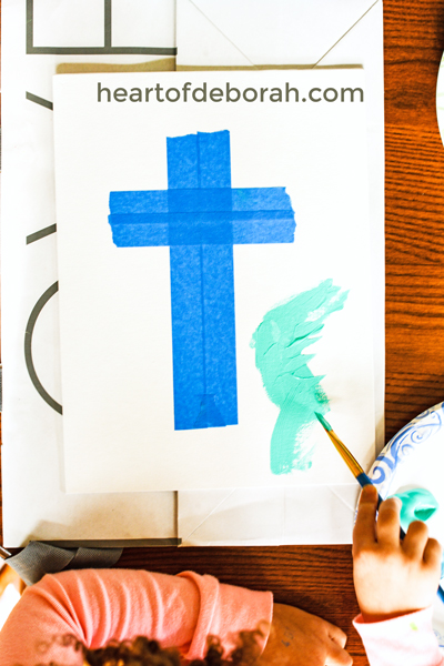 Looking for a fun and easy art project for your preschooler? Make this cross craft on canvas and you are left with a frameablepiece of artwork. A great faith based Easter craft or activity all year round.
