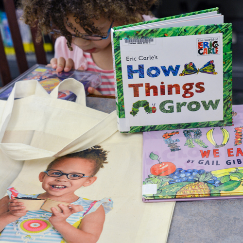 A collection of 10 children's books about gardens. Teach your children how a seed turns into a vegetable or fruit with these top kid's books! Plus a special offer from Snapfish on personalized photo gifts!