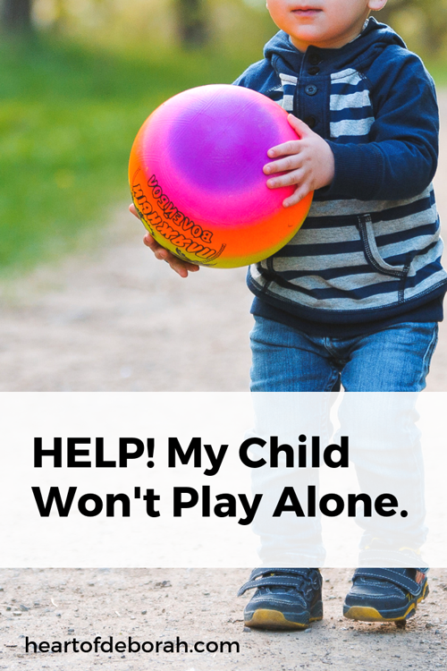 My child won't play by himself and I don't know what to do! Here are some great tips to help your child engage in independent play time.