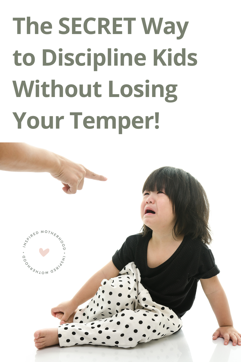 I didn't want to be the parent who yelled at my child to listen, but I didn't know what else to do. How do you get a child to listen without yelling? You MUST try this amazing parenting tool: setting enforceable limits with kids. Based on Love and Logic use this tool to discipline without screaming.