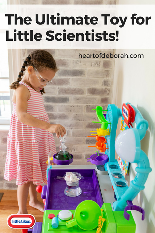 This new Wonder Lab is the perfect toy for preschoolers! Explore, experiment with STEM and learn all while having fun. The perfect toy for kids who love science.
