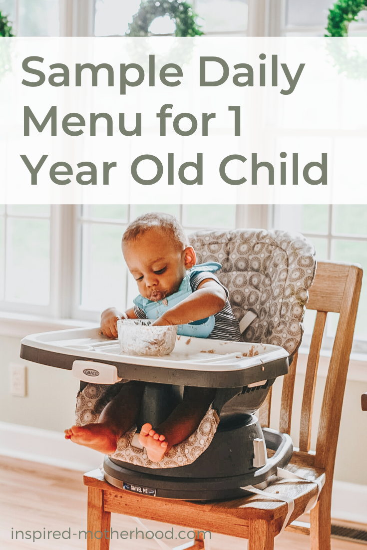 Find a nutritious sample menu for your one year old child! Stuck in a food rut? Find over 25+ food ideas in this post for your toddler's meal time.