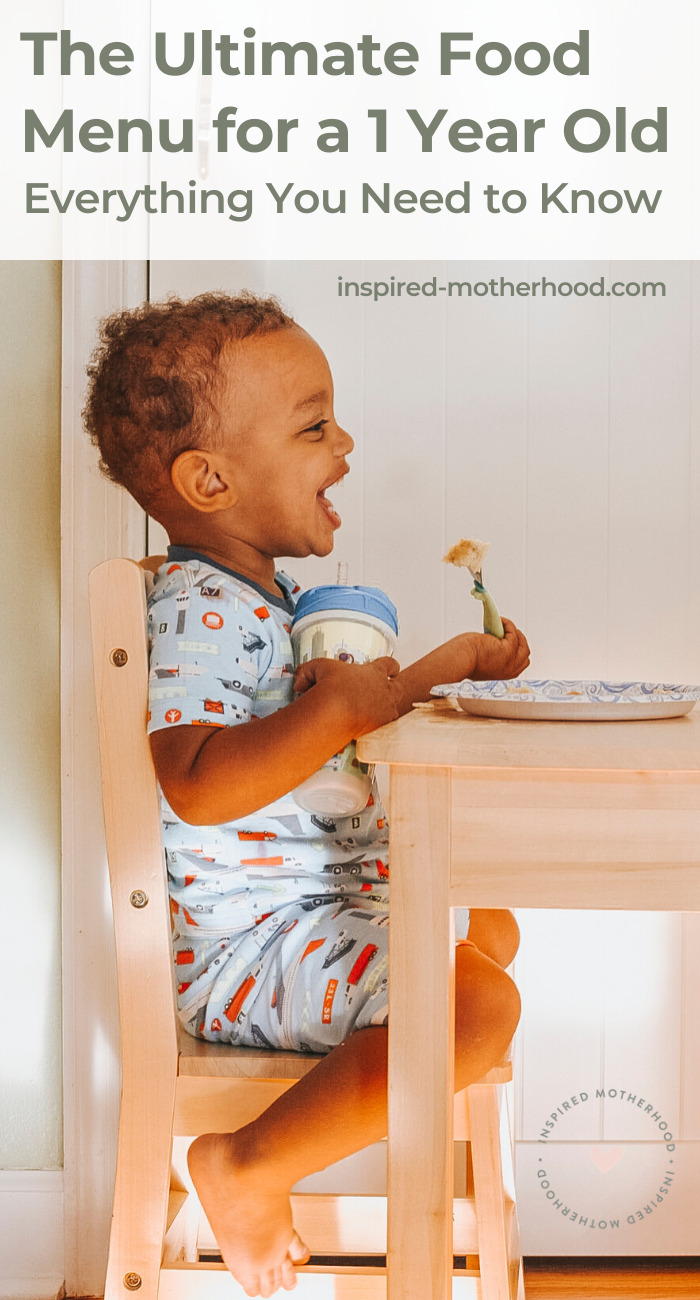 Feeding your baby is fun but can be confusing. Here is a great guide to feeding your one year old. A sample menu is included along with tips to give them a nutritious diet.