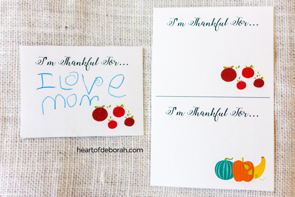 Free printable! I'm thankful for cards for your DIY gratitude jar.