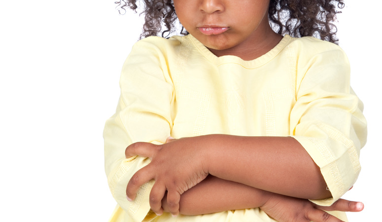 Public temper tantrums are embarassing for everyone involved! So how can we discipline our kids and avoid those terrible meltdowns? Find out here!