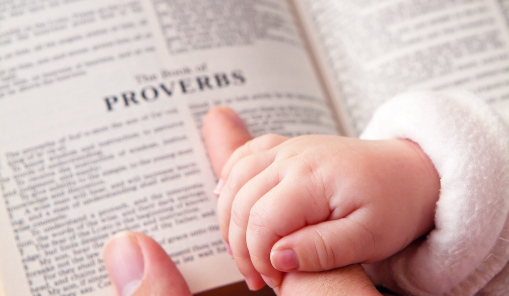 Parenting is hard! But we can gain wisdom in parenting from the Bible. Here are 15 proverbs to pray over your kids for wisdom, understanding and knowledge.