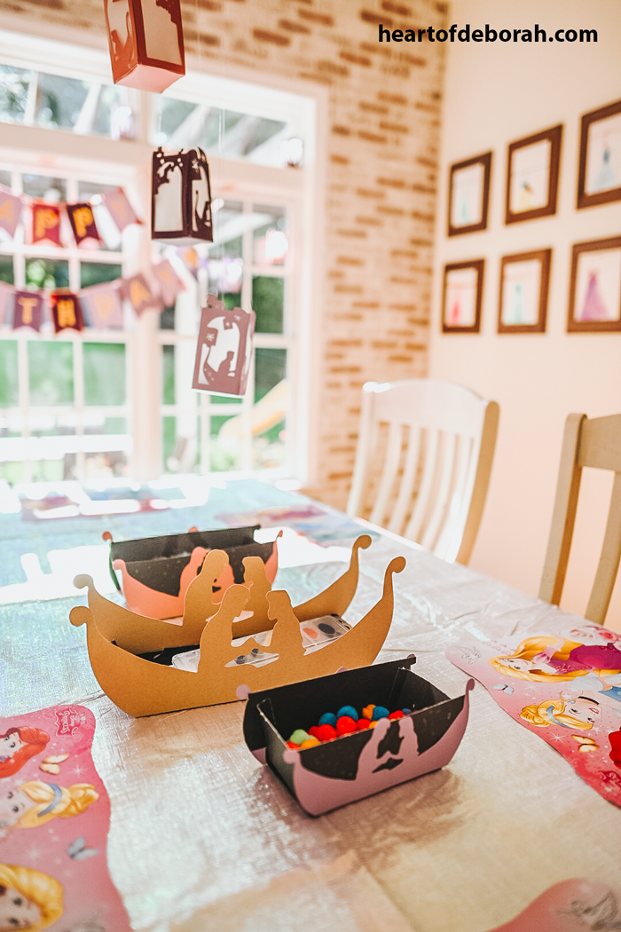 Adorable Rapunzel themed kids birthday party.