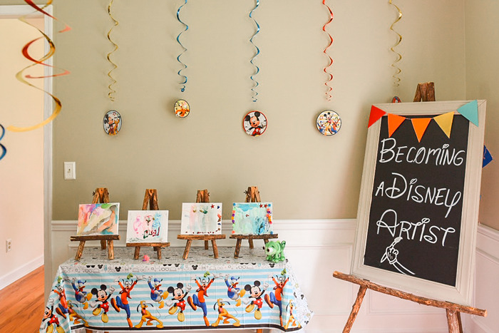 Becoming a Disney Artist! Here is an adorable artist birthday party theme for kids.