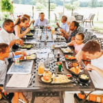 Dining Out With Kids? 5 Secrets to ENJOY Eating Out With Kids