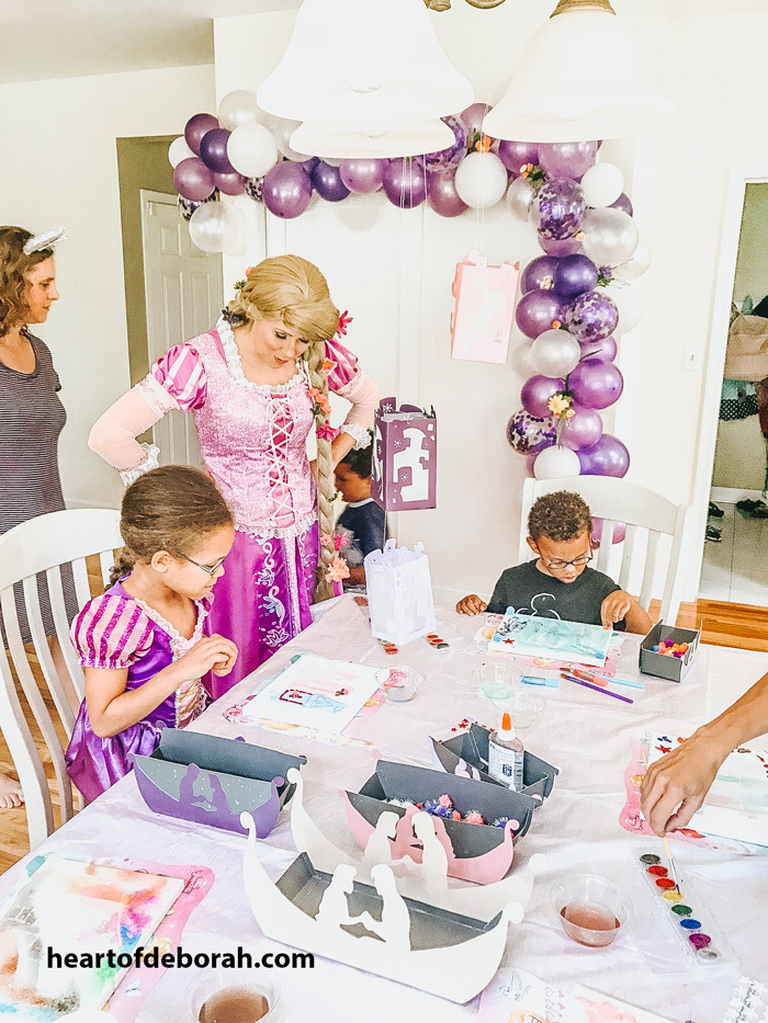 What a fun Rapunzel kids birthday party! Read all the details on kids crafts, birthday food and activities for your next kids birthday party.